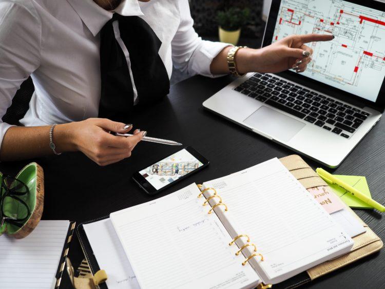不動産営業の給料の相場