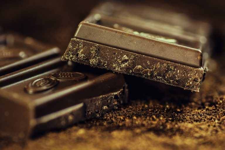 高カカオチョコレートの食べ過ぎは危険?